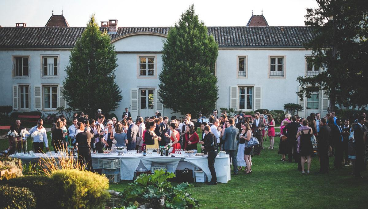 Cocktail dans le parc - Château des Broyers - Beaujolais & Bourgogne